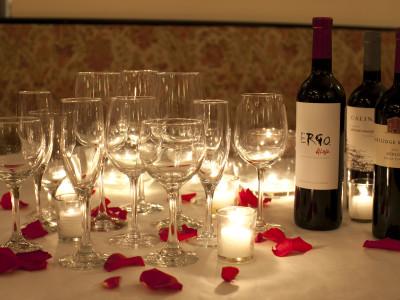 Glasses w fine wines
